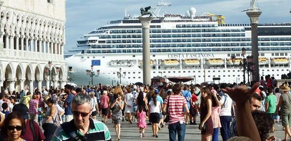 Scenari sul futuro del turismo a Rimini